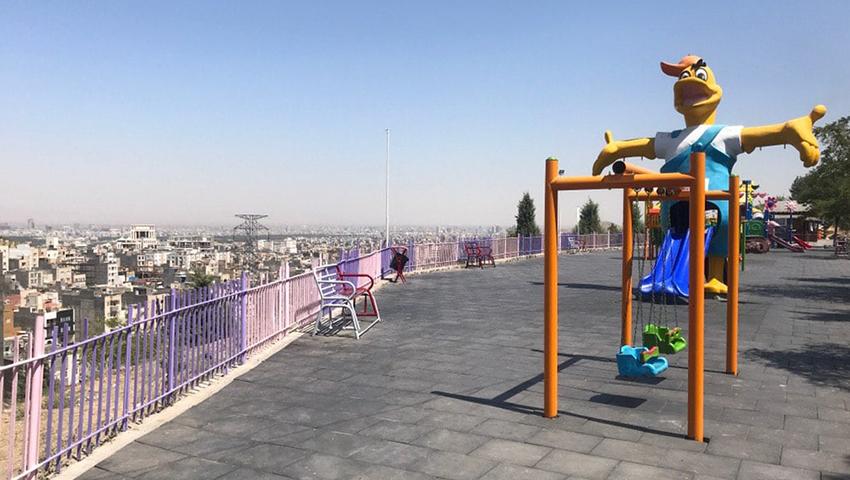 وسائل بازی کودکان در بام مشهد