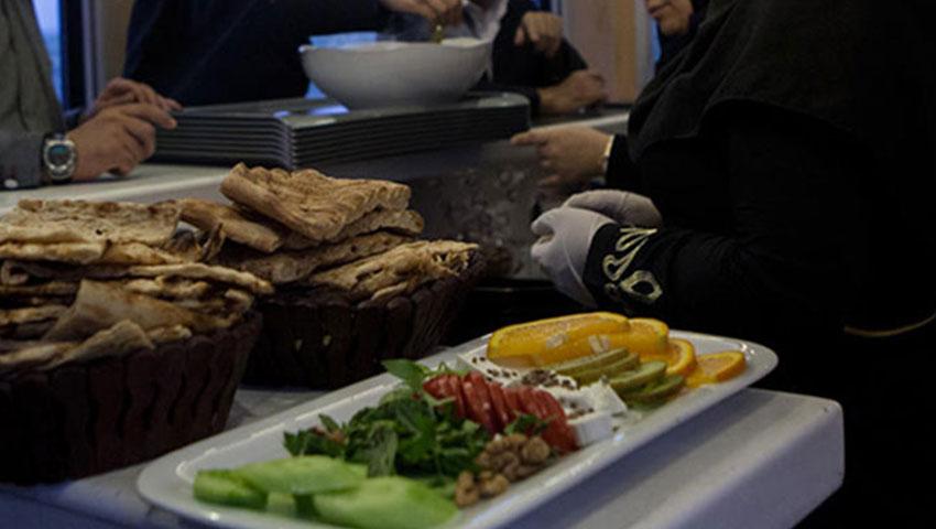 عکس از غذای قطار نور مشهد