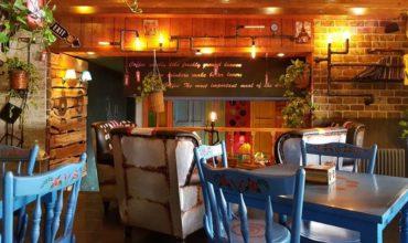 بهترین کافه های مشهد برای تولد