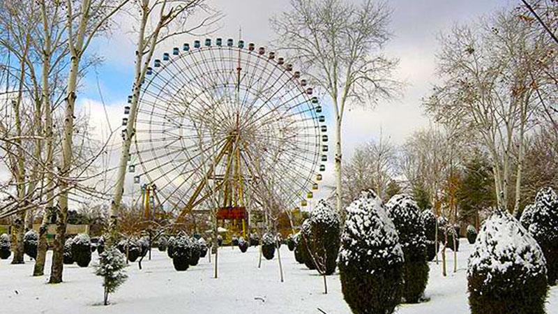 شهربازی مشهد، یکی از بهترین جاهای تفریحی مشهد در زمستان