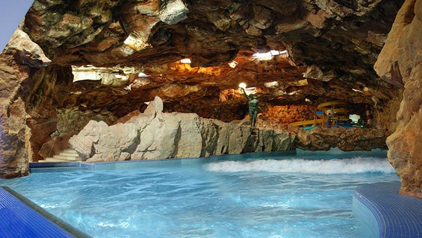 استخر پارک آبی آفتاب مشهد