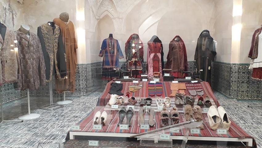 لباس های سنتی موزه مردم شناسی مشهد