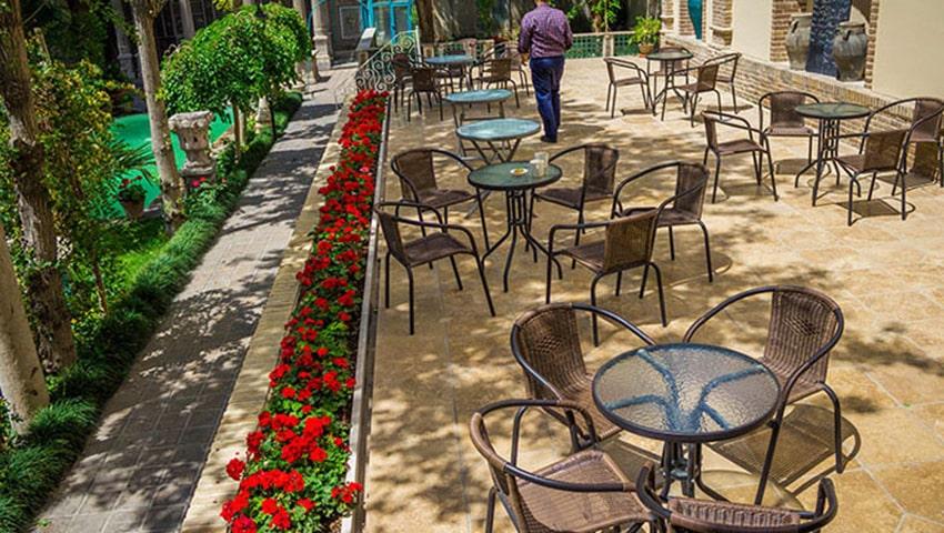 نانو کافه بیکری مشهد