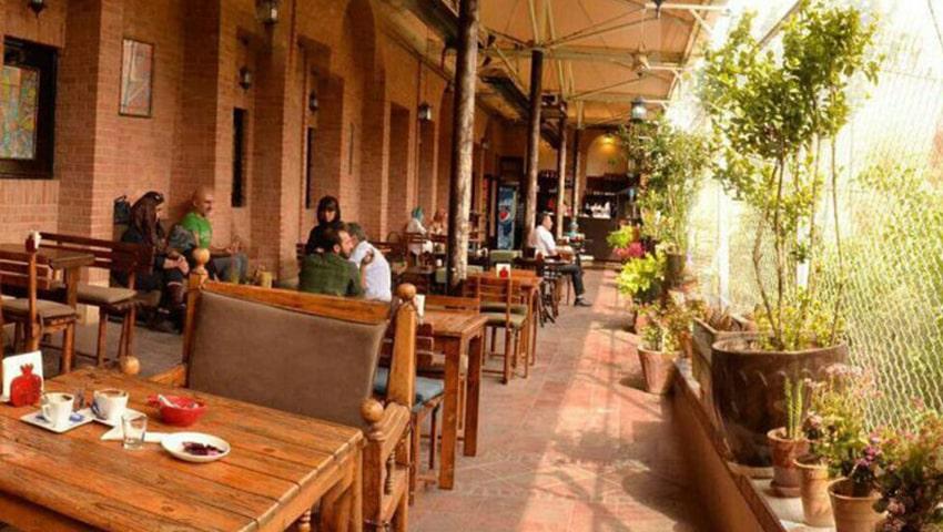 کافه سنتی شهرزاد مشهد