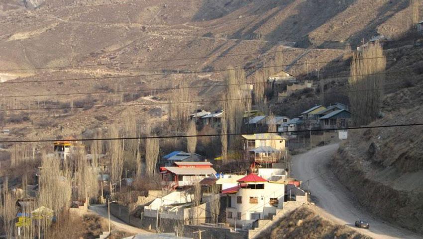 نمایی از روستای آبگرم مشهد