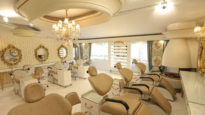بهترین سالن آرایشی و زیبایی در هتل قصرطلایی مشهد