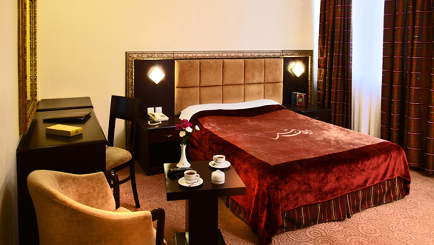نظرات راجب امکانات و خدمات هتل ایران مشهد