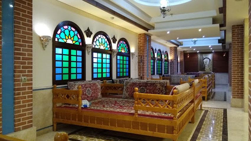 بهترین غذاهای سنتی در هتل مدینه الرضا