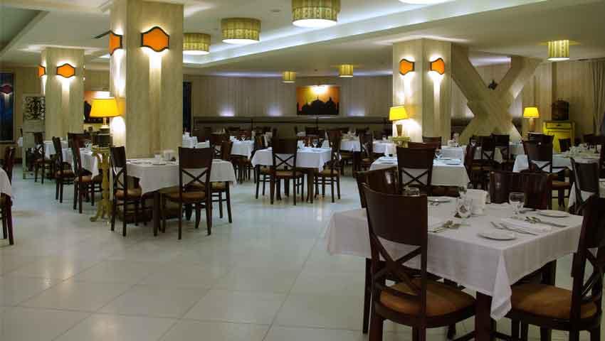 بهترین غذاها در رستوران هتل فردوس مشهد
