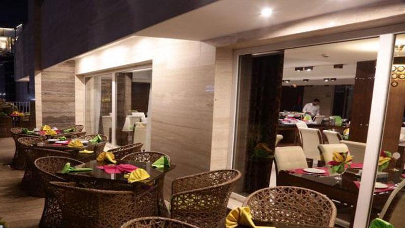 بهترین هتل 3 ستاره مشهد