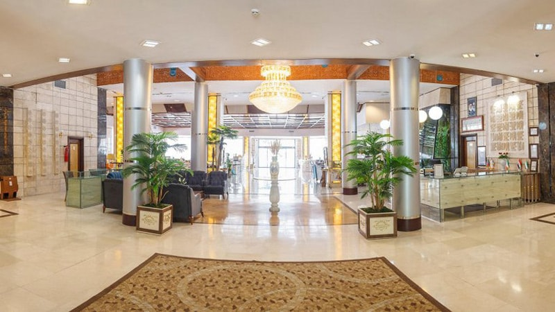 نمای هتل نوساز خورشید تابان مشهد