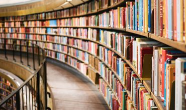 بورس فروش کتاب در مشهد