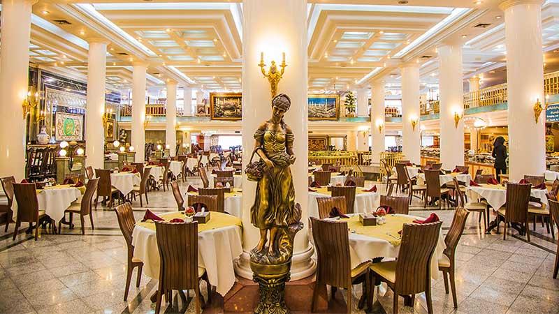 عکس فضای داخلی رستوران رضایی مشهد