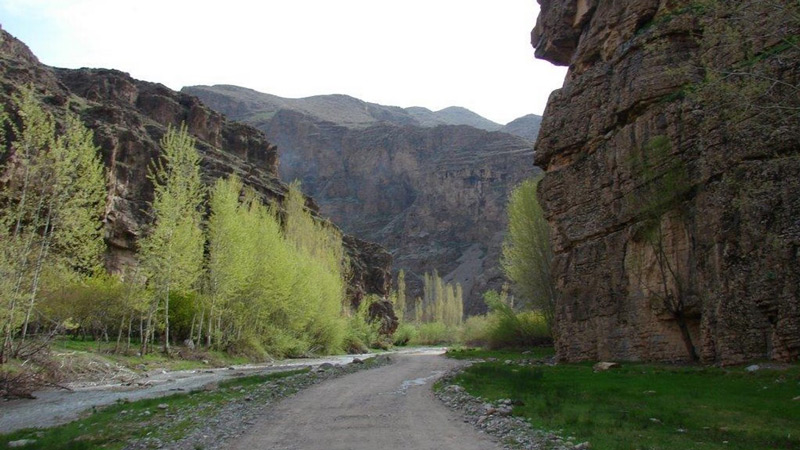 مسیر دره آل کلات مشهد