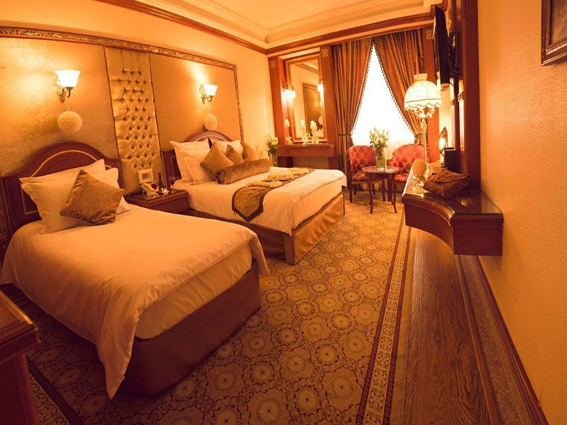 امکانات هتل قصر طلایی مشهد چیست؟