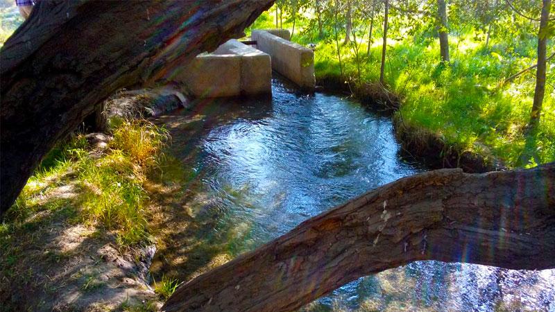 چشمه گیلاس، مسیر چشمه گیلاس کجاست