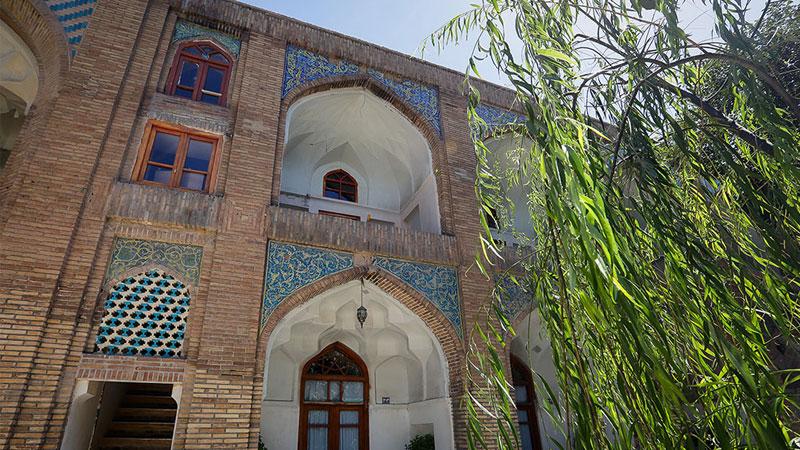 معماری مدرسه و حوزه عباسقلی مشهد